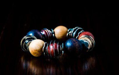 Venez créer un bracelet personnalisé
