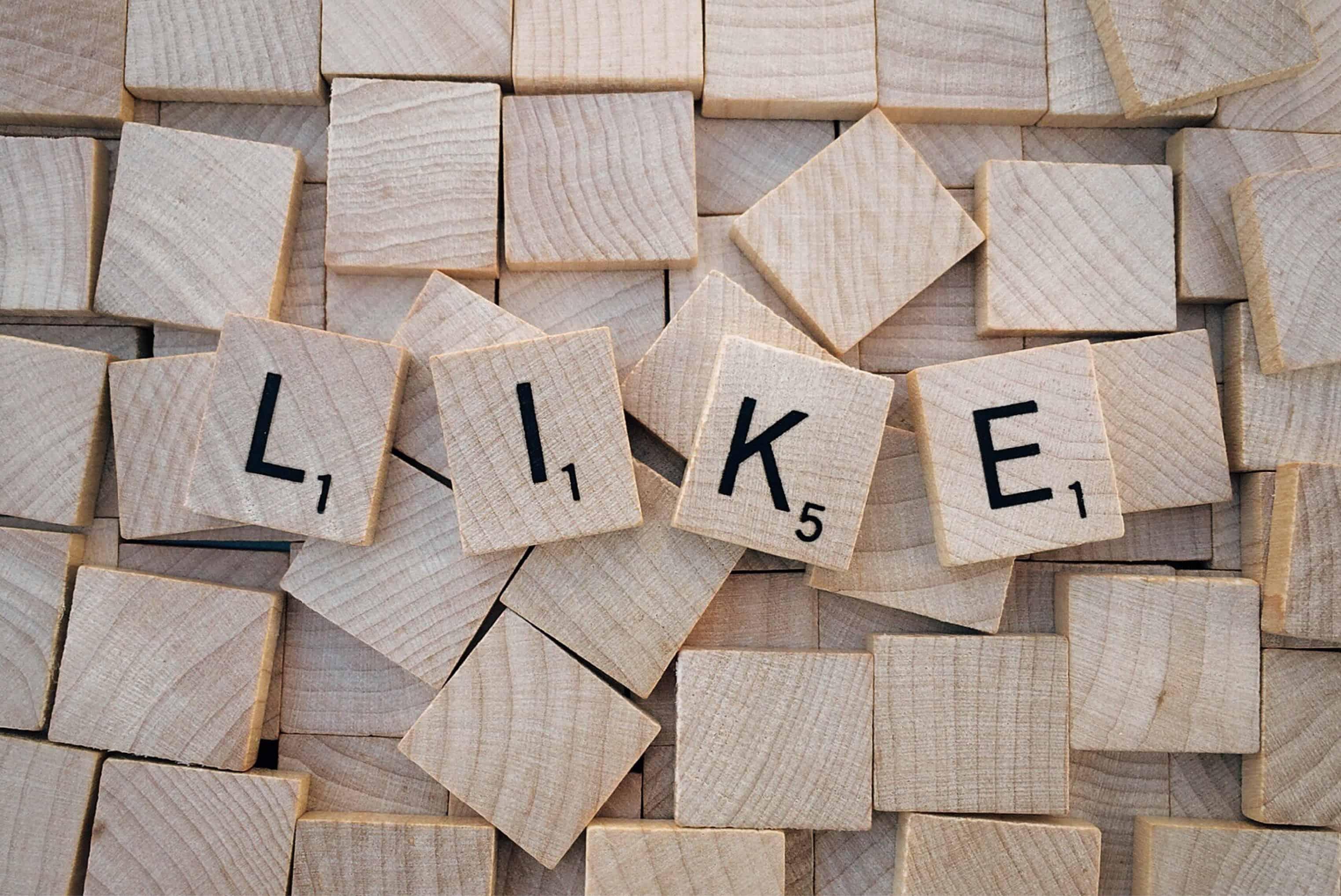 Répondre aux commentaires négatifs sur les réseaux sociaux